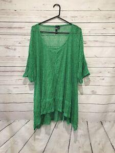 TAKING SHAPE Size M (AU 18 20) Green Tunic Top