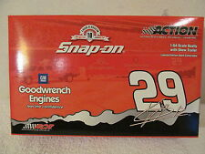 KEVIN HARVICK 1:64 DUALLY WITH SHOW TRAILER LIMITED EDITION ACTION/SNAP-ON NIB