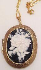 collier pendentif  vintage porte photos camée floral couleur or patiné 372