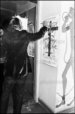 Salvador Dali - Exclusive Unpublished PHOTO Ref 2361