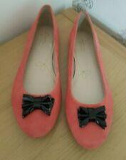 Clark's Summerset Ladies PeachSuede Shoes Black Bow Size( 5.05 D) Standard
