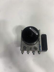 04 08 FORD FOCUS MK2 1.6 16V 115BHP MANUAL  5SPD ABS PUMP 3M5112M110JA DE93 AX