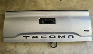 2016 2017 2018 2019 TOYOTA TACOMA TAILGATE COMPLETE WITH CAMERA GRAY OEM INQ