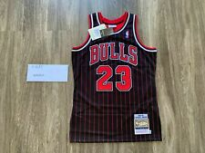 100% Authentic Michael Jordan Mitchell Ness 95-96 Pinstripe Chicago Bulls Jersey