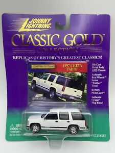 TAHOE 1997 '97 CHEVY TAHOE WHITE 1/64 JOHNNY LIGHTNING CLASSIC GOLD DIECAST SUV