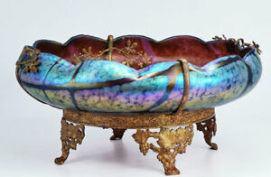 French Art Nouveau glass bowl in ormolu stand, c. 1900
