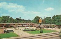 "Albany GA  ""Quality Court Town House Motel""  Postcard Georgia"