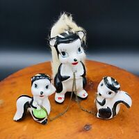 Vtg Ceramic Skunk Figurine Babies on Chain Japan Mom  Anthropomorphic Fur Tale