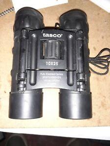 Tasco 10x25 Compact Binocular (Black) Manual Focus Long Distance NEW