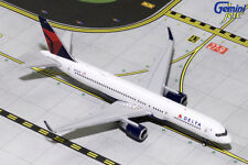 GEMINI JETS DELTA AIRLINES BOEING 757-200(W) 1:400 DIE-CAST GJDAL1692 IN STOCK