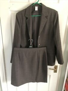 Ladies Brown Lined Skirt Suit 12/14  New And Unworn No Tags Unbranded