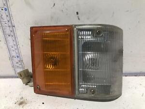 Toyota TARAGO Right Corner Light YR20 02/83-10/85