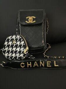 Chanel Vip Gift Handytasche  Neu