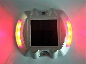 2 PEZZI MARKER SEGNAPASSO STRADALE SOLARE 6 LED  LUCE  ROSSA LAMPEGGIANTE