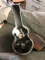 2002 Elvis Presley Guitar Shaped Tin Grey Black Checkered Dancing Pinky Pop Rock