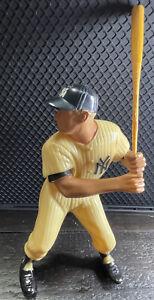 Mickey Mantle New York Yankees Original Hartland Statue With Bat