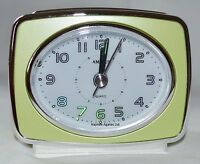 Quartz Retro Amplus Analogue Metallic Lime Battery Beep Alarm Clock Light PT160