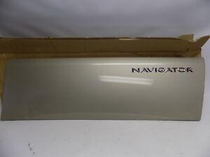 New OEM Lincoln Navigator Door Body Panel Right Passenger Side 5L7Z-7820878-AAF