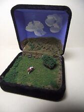 MARVELOUS MAGICAL MINIATURE * Z SCALE * DIORAMA WITH METEORITE !!!