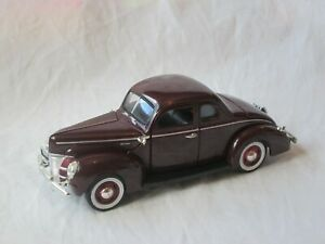NATIONAL MOTOR MUSEUM MINT FORD 1940 DELUXE COUPE 1/32
