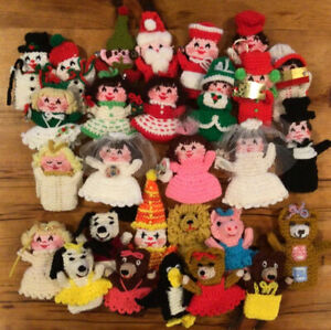 Vintage Large Lot of 28 Finger Puppets Hand Knit Crochet Christmas - Animals