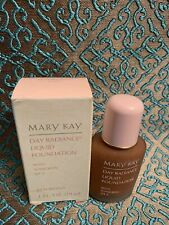 Mary Kay Day Radiance Foundation Rich Bronze #6336