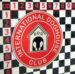International Doghouse Club Glass Sticker - Classic Car