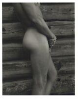 1990 Bruce Weber Nude Male Model Side Torso Against Log Cabin Art Photo Gravure