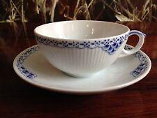 ROYAL COPENHAGEN PRINCESSE / princesse tasse à thé avec soucoupe NEUF