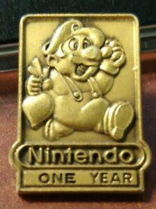 Super Mario Bros Nintendo 1 One Year Employee Pin - Mario 2 Style Holding Turnip