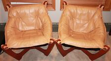Classic Set Of 2 Luna Chairs Low Back Leather and Wood