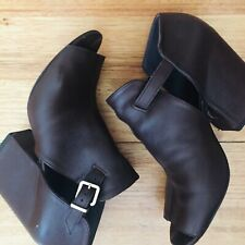 Genuine Robert Clergerie Shoes Size 40 / 9 never worn leather platform rrp$500+