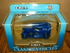 1990 Ertl Classic Vehicles CHICAGO POLICE 1930 Chevy 1/2 Ton Truck 1:43  #2518
