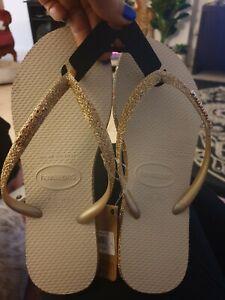 Havaianas slim sparkle gold thongs size 35/36