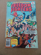 Freedom Fighters 7 . 1st App . Crusaders . DC 1977 . VG +