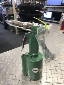 Speedaire Air Riveter Rivet Gun 3CRH4B
