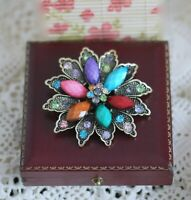 Antique Vintage Jewellery With Rhinestone And Resin Brooches Deco Dress Jewelry