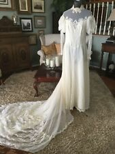 VINTAGE  IVORY LACE  OVER TAFFETA WEDDING DRESS SIZE 6 LONG TRAIN EXCELLENT