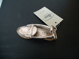 G.H. BASS & CO. GOLD METALLIC LOAFER KEYCHAIN NWT $30