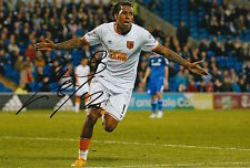 HULL CITY HAND SIGNED ABEL HERNANDEZ 12X8 PHOTO 4.