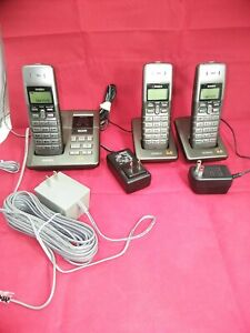 Uniden  DECT 6.0 Expandable Cordless Phone with Digital Answering System