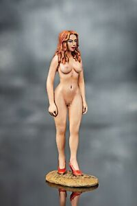tin toy soldiers  54 mm painted sexy girl.  Girl-5
