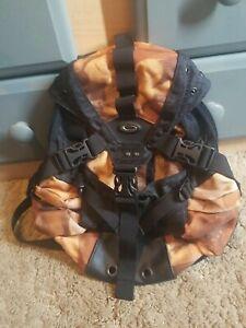 Oakley ICON 2.0 Backpack Black / Tan Camo Hiking Military Small Hiking Bag RARE