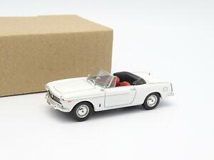 Norev SB 1/43 - Fiat 1500 Cabriolet Blanche