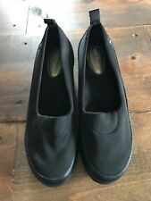 Hush Puppies Women's Dress Shoes-Size US 8-New-Slip On-Wedge-Solid Black-Round