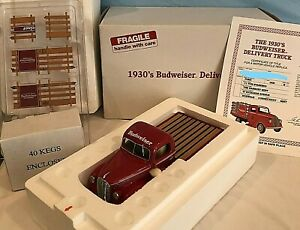 DANBURY MINT 1930'S BUDWEISER DELIVERY TRUCK W/BOX & TITLE