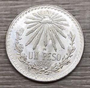 1945 Mexico Un Peso Cap & Rays Silver Coin (G102)