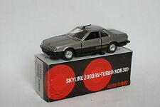 Tomica Dandy 1/43 - Nissan Skyline 2000 RS Grise