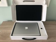 Apple MacBook Pro Laptop 13 inch Core i5 2.5 GHz, 4GB. Silver, Great Condition.