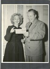 2 DBLWT PHOTOS OF ANN SOTHERN - WWII RED CROSS BLOOD DRIVE PROMO - NEAR MINT CON